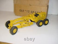 1/24 Vintage CAT #12 Road Grader by REUHL (1950) WithBox! RARE