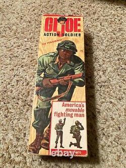 1965 VINTAGE HASBRO Black GI JOE Action Soldier Negro & rare 7900 Box paperwork