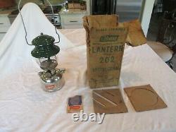 RARE Vintage Coleman Model 202 Single Mantle Lantern 1/55 with Box READ BELOW