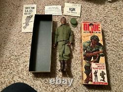 1965 Vintage Hasbro Black Gi Joe Action Soldier Negro & Rare 7900 Boîte Paperasse