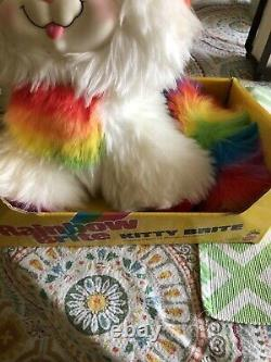 # 2411 Rare Boîte Originale Vintage 1983 Mattel Rainbow Brite Kitty Brite Peluche Chat