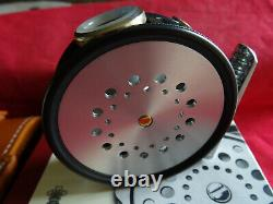 A Rare Non Utilisé, Cased & Boxed Ltd Edition Hardy 2 7/8 Perfect Spitfire Fly Reel