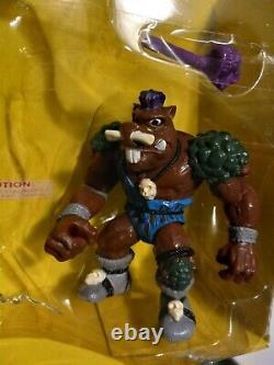 Adolescent Mutant Ninja Turtles Rare Vintage Cave-bête Bebop Avec Armes Et Boîte