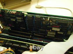 Amiga Boîte D'origine 2000 Hd Est Que Le Système IBM At 68030 Rare Vintage Commodore Hdwr