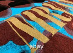 Authentic Vintage 1993 Nirvana Coeur En Forme De Boîte T-shirt Taille Grand Ultra Rare