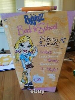 Bratz Classe Retour À L'école Cloe Doll New In Box 2006 Rare Htf Mga