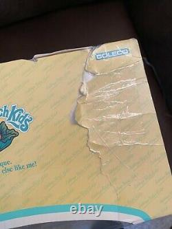 Htf Vintage Chabage Patch Kids #30 Popcorn Rouge Avec Rare Dinosaur Survêtements En Boîte