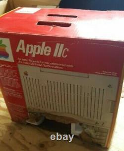 Rare Vintage Canadian Apple IIC Avec Box! Testé Et Travaillant