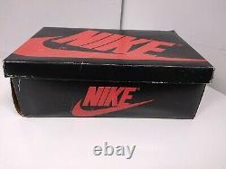 Ultra Rare Vintage 1985 Sky Jordan I Boîte Vide Nike 19182 Taille 6 Blanc Unc