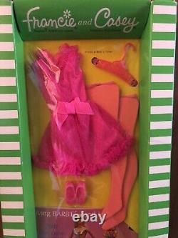 Vintage Francie #1762 Pink Power Scellé Dans La Boîte Originale Barbie Nrfb Rare