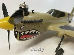 Vintage Model Airplane Ligne De Contrôle Cox P-40 Warhawk Version Couleur Rare Withbox