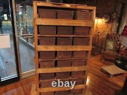 Vintage Rare 24 Tiroir Bois Grange Cabinet Boîte Cubby Boîte De Rangement Industrielle